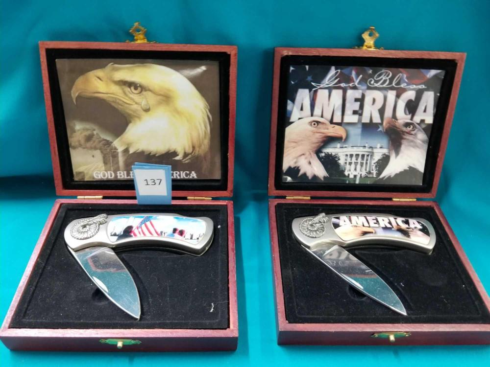 """""""GOD BLESS AMERICA""""  THEMED LOCK BLADE COLLECTOR KNIVES IN WOODEN BOXES - 2 ITEMS"""