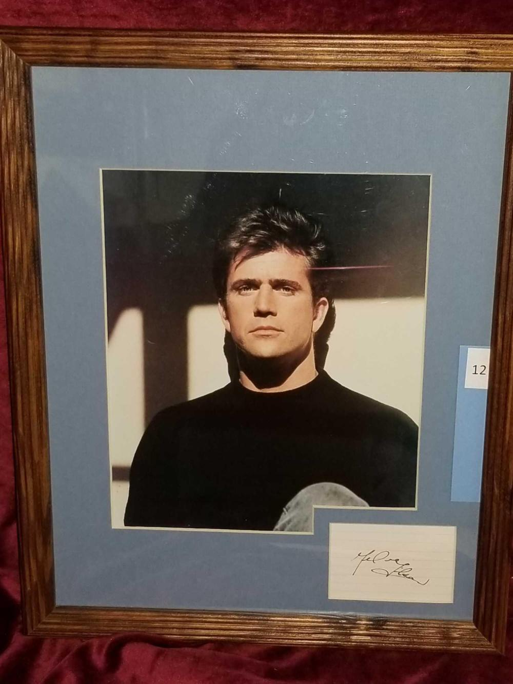 MEL GIBSON COLOR PHOTO & SIGNATURE CARD FRAMED & MATTED