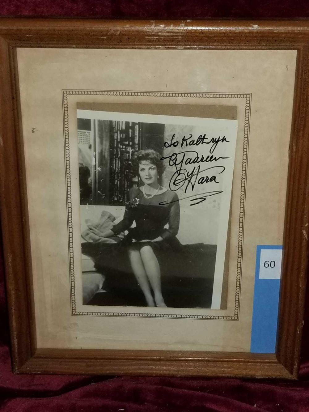 MAUREEN O'HARA BLACK & WHITE SIGNED PHOTO