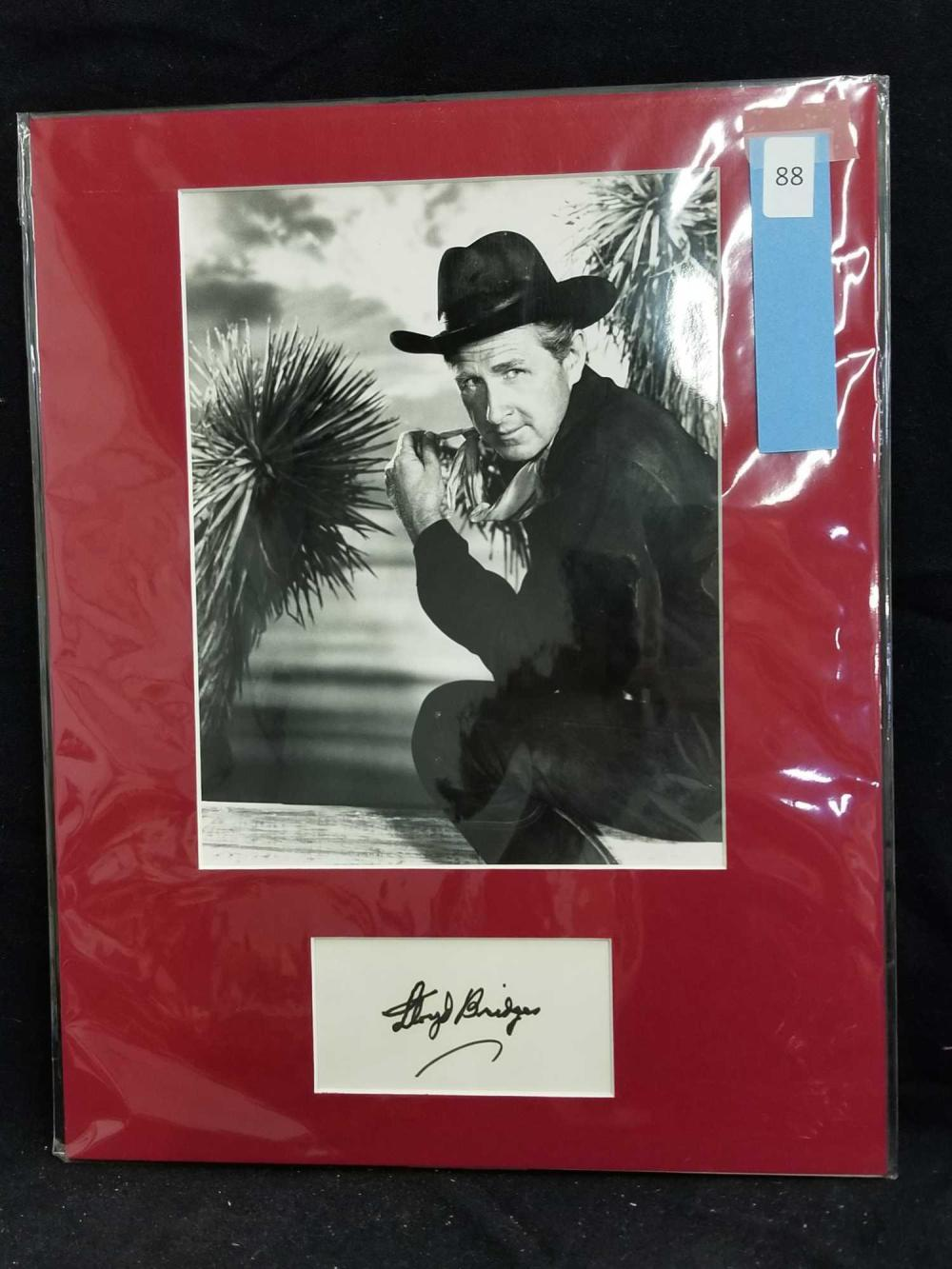 LLOYD BRIDGES WESTERN MOVIE STILL BLACK & WHITE PHOTO W/ SIGNATURE CARD
