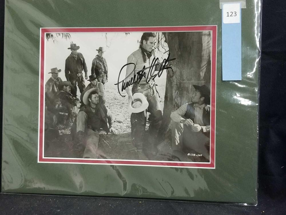 CHARLTON HESTON SIGNED WESTERN MOVIE STILL PHOTO