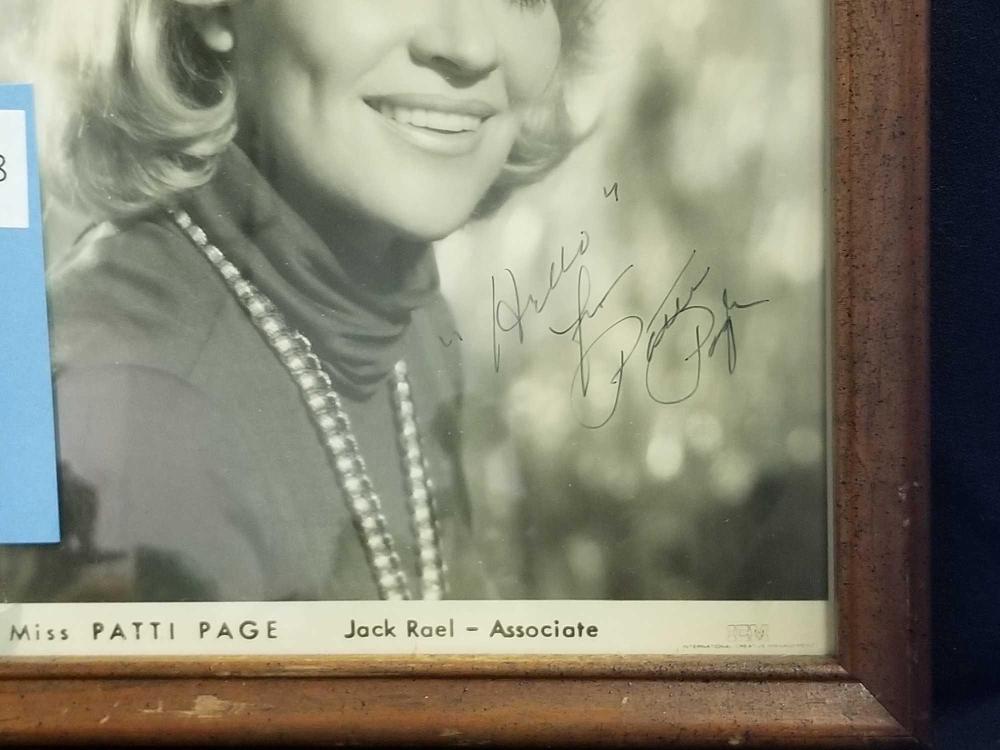 Lot 138: PATTI PAGE BLACK & WHITE SIGNED PUBLICITY PHOTO