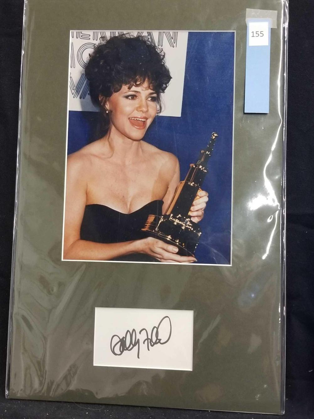 SALLY FIELD COLOR PHOTO & SIGNATURE CARD