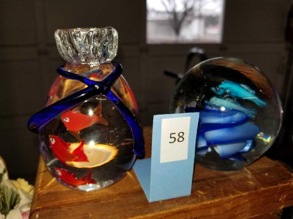 ART GLASS FISH THEMED PAPERWEIGHTS - 2 ITEMS