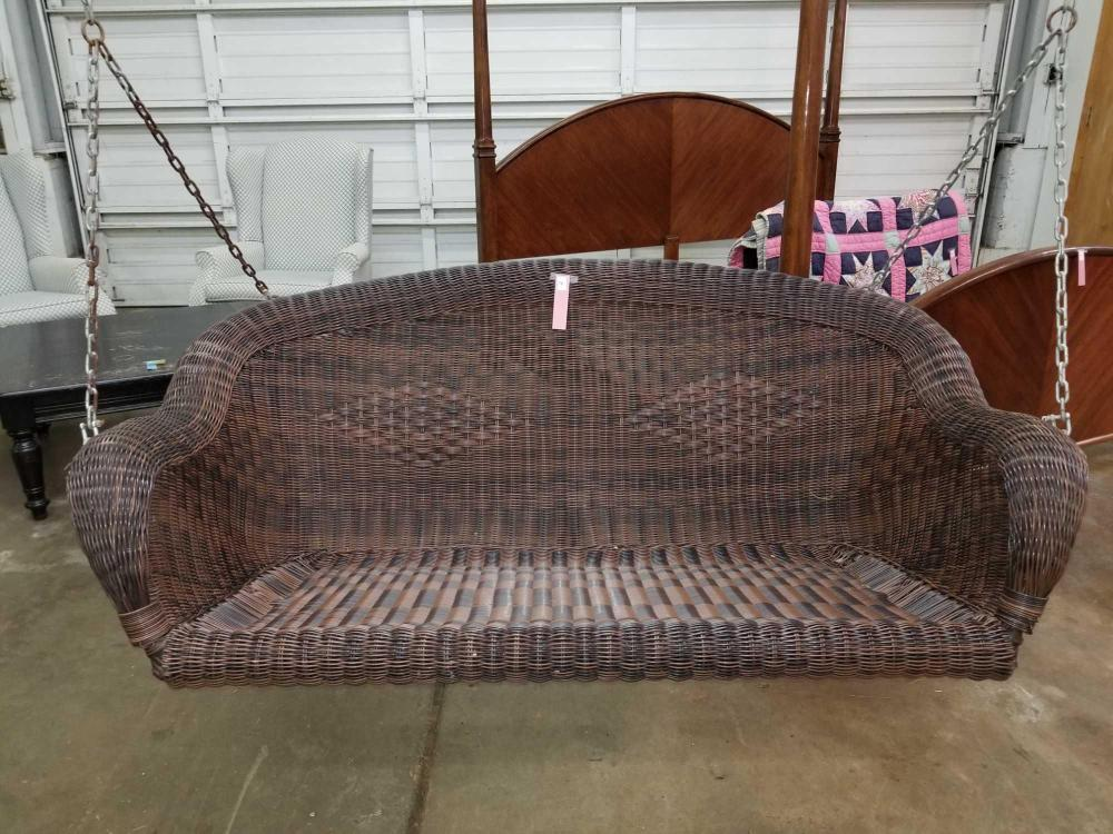 ALL WEATHER WICKER HANGING PORCH SWING W/ CHAINS