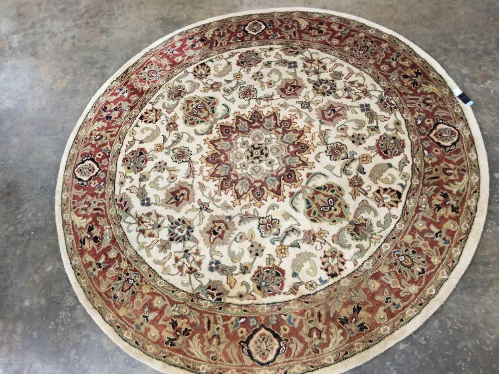 ROUND WOOL AREA RUG