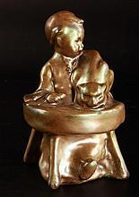 László Beszédes János (1874-1922) Zsolnay Gluttony
