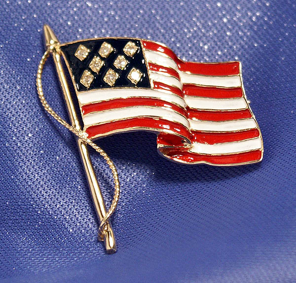 New Charming 14k Gold & Diamond Enameled US Flag Pin/Pendant!