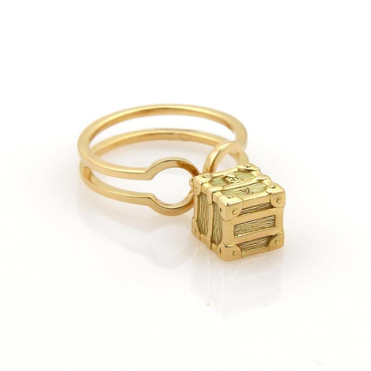 Tiffany & Co. 18K Yellow Gold Fancy Interlocking Loop Band