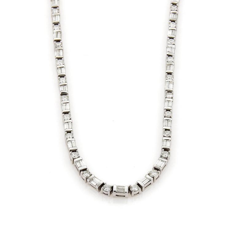 Estate Baguette & Round Cut 9ct Diamonds 14k White Gold Tennis Necklace