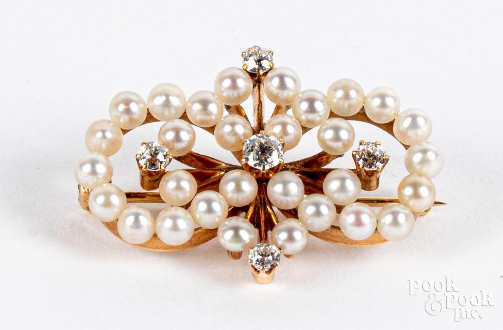 14K gold, diamond, and pearl pin