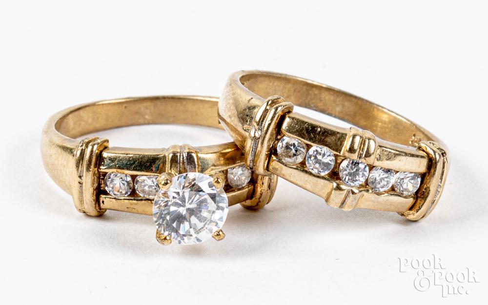 10K gold and zirconia wedding band set, 5.3dwt.