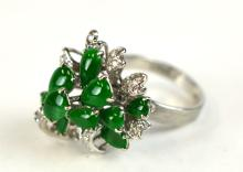 14K Gold Ring w/Jadeite & Diamonds
