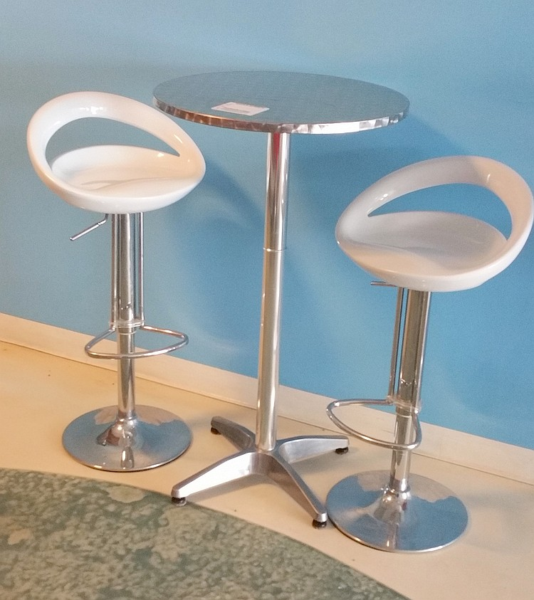 Parlor High Stool Table with 2 Chairs
