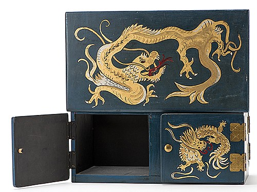 Walter GibsonÍs Gwynne Rabbit Vanish. Circa 1960s. Large wooden box beautifully hand-painted with dragons and eagles, with brass fixtures, that vanishes a rabbit from within and may be shown through both ends. 16 x 8 _ x 7î. Owned and used by
