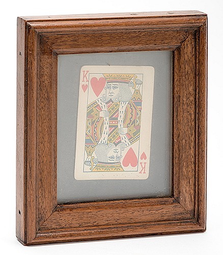 Sand Frame. Circa 1910. A card, photograph, or other item appears in an empty picture frame. Handsome walnut construction. 6 x 6 _î. Very good working condition. A fine example of this classic magic prop.