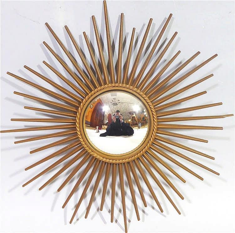 Chaty vallauris miroir soleil glace bomb e en m tal dor for Glace soleil miroir