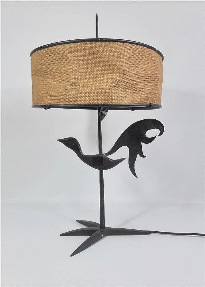 Atelier de marolles lampe poser en fer forg noirci d c for Lampe a poser baroque