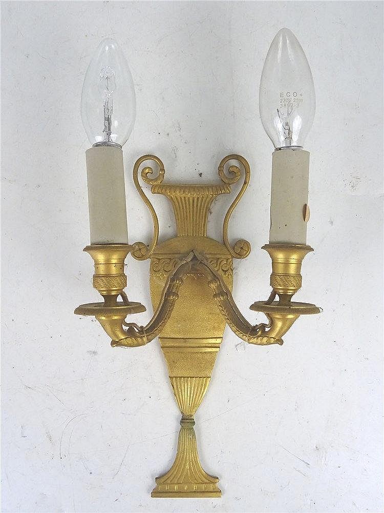 Applique deux bras de lumi re en bronze dor f for Lumiere applique exterieur