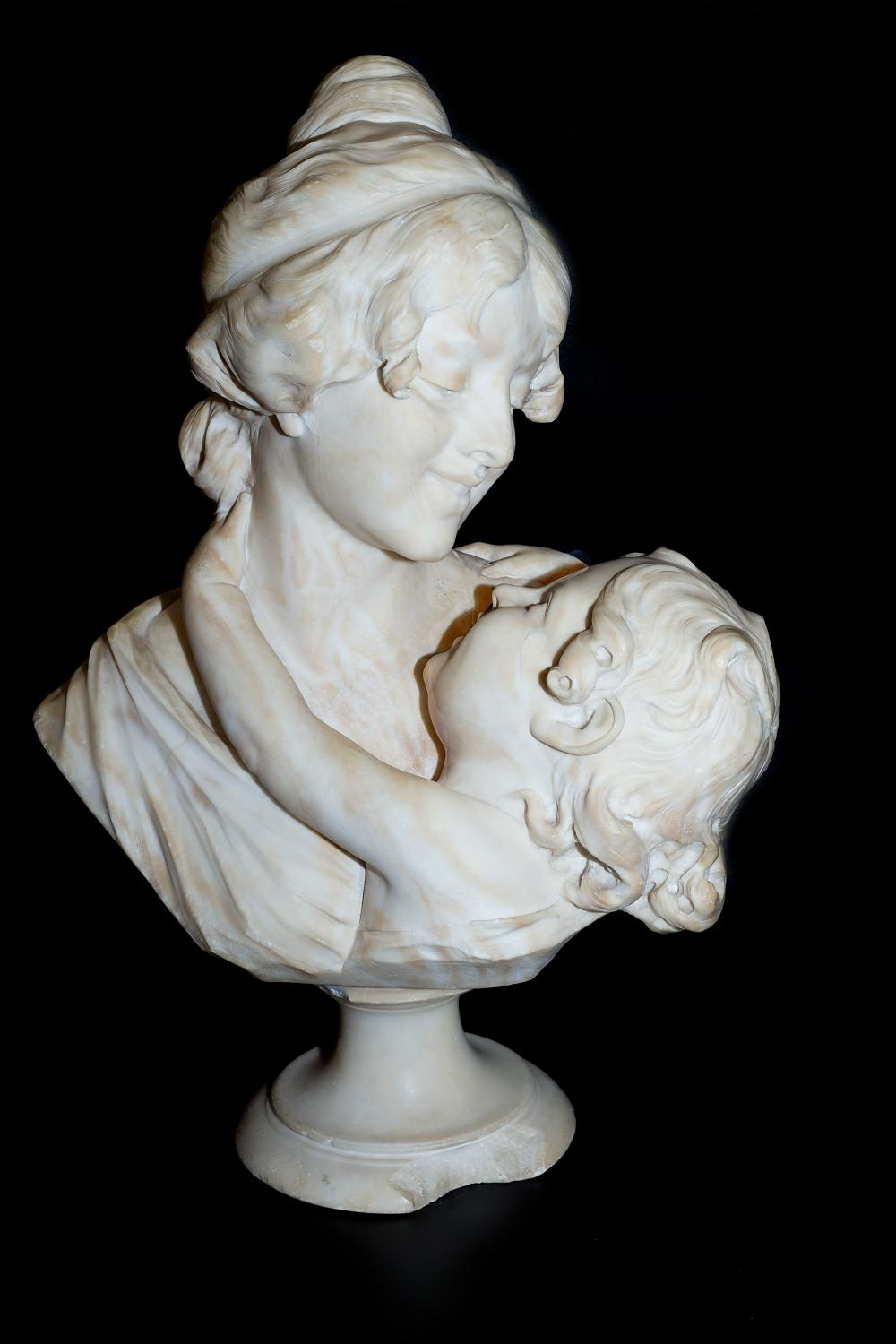 "Authentic Ferdinando Vichi (1875-1945) Alabaster sculpture ""Bust of a mother and child"""