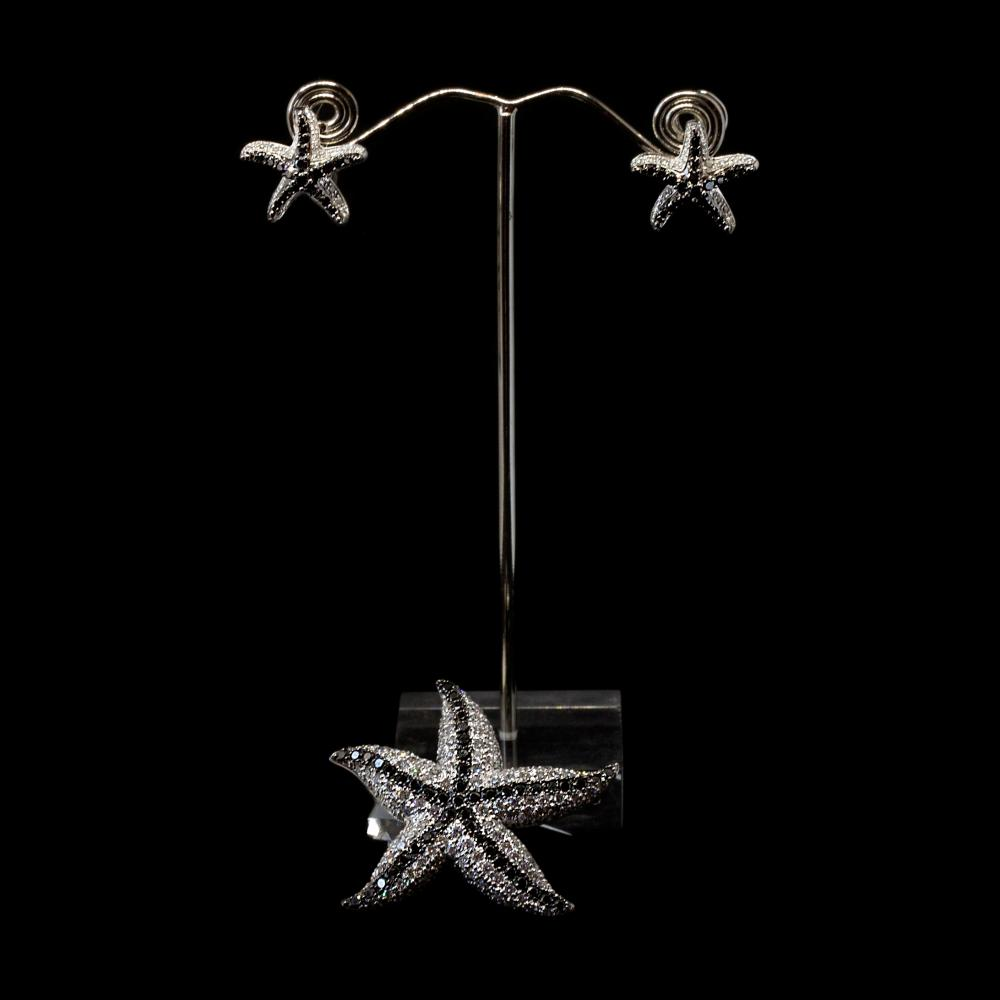 18K white gold Starfish motif jewelry set 5,05CTWwhite diamonds and 2,25CTW black diamonds.