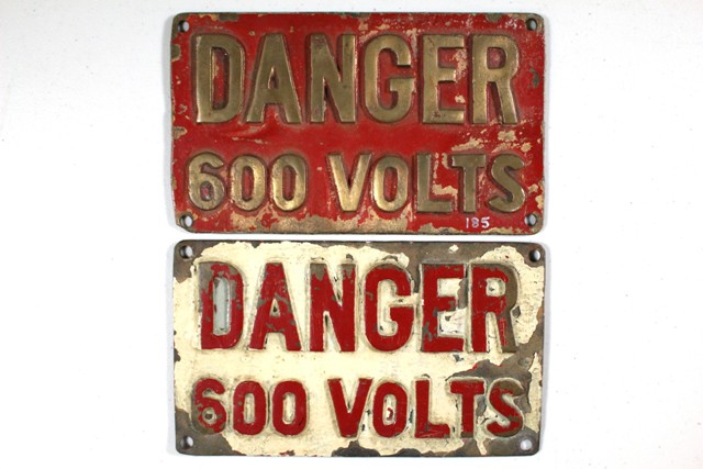 Pair of DANGER 600 VOLTS Aluminum Bronze Plaques