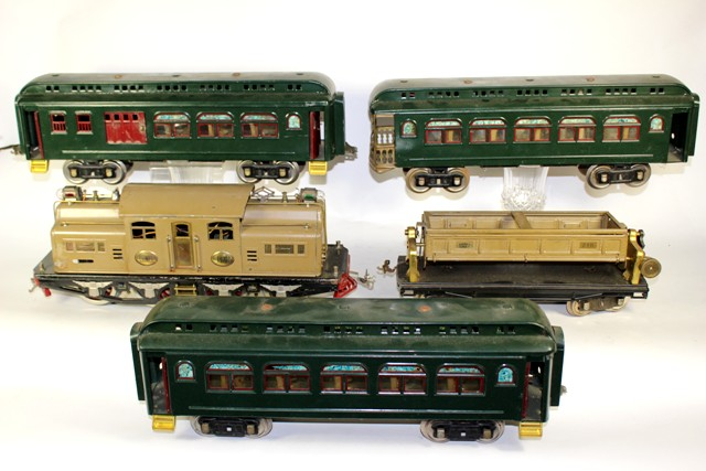 Lionel No. 8E & No. 38 Locomotive and Standard Gauge Cars