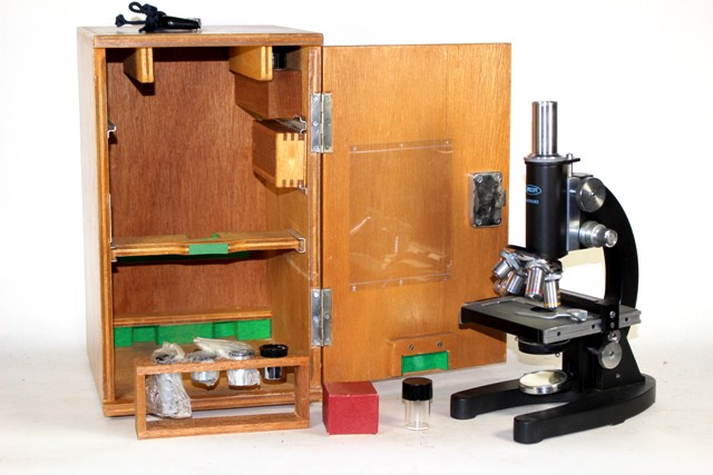 Lumiscope No. F65262 Microscope