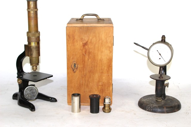 Schutz A.-G. Microscope and Randall & Stickney Gauge
