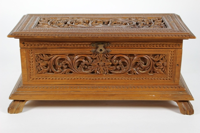 Hand Carved Victorian Walnut Dresser Box
