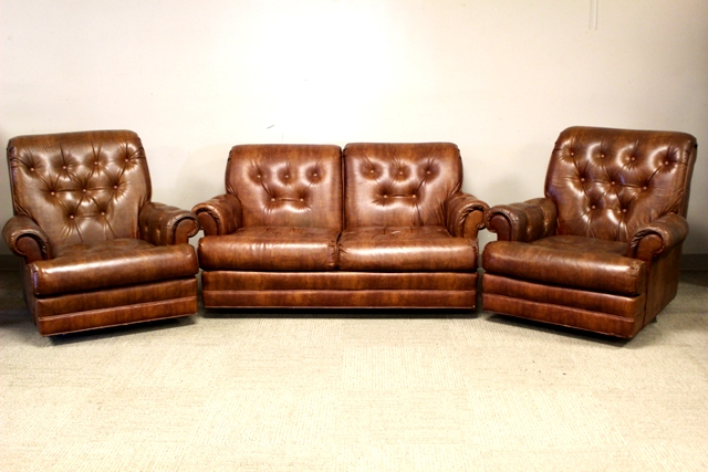 Three Piece Stratford Co. Leather Parlor Suite