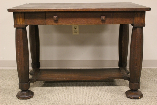 ca. 1910 Oak Library Table