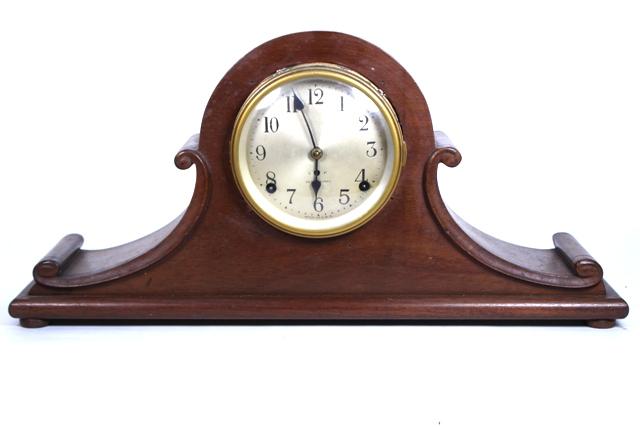 Seth Thomas Mahogany Tambor Mantle Clock