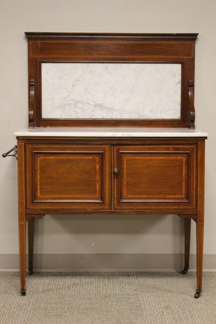 Early 20th Century English Marble Top Wash Stand