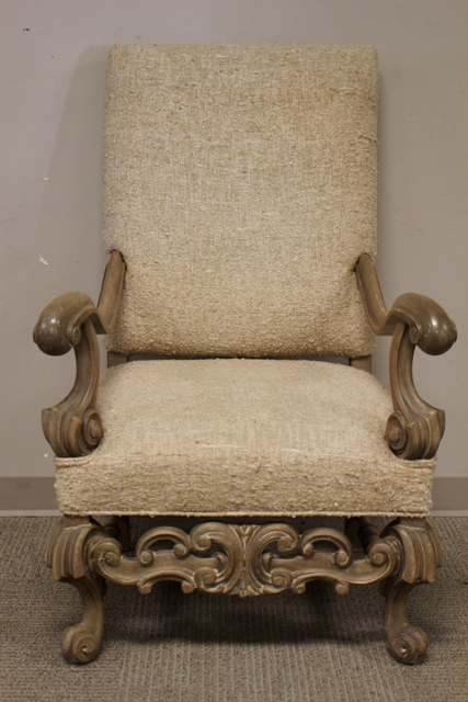 Contemporary Italian Style Throne Chair