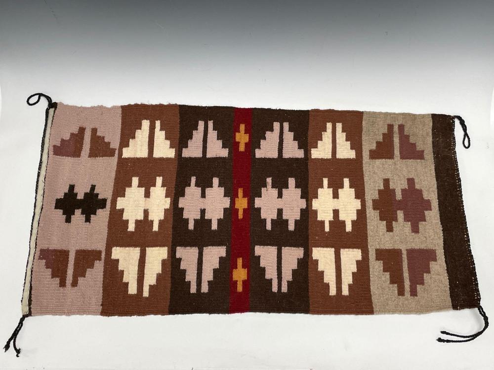 Small NAVAJO Indian Wool Weaving Blanket / Rug