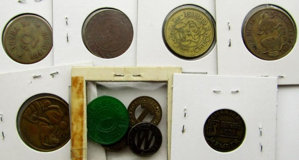 Lot 134: 10-TOKENS: (4)FARE TOKENS, (2) HEADS/TAILS,