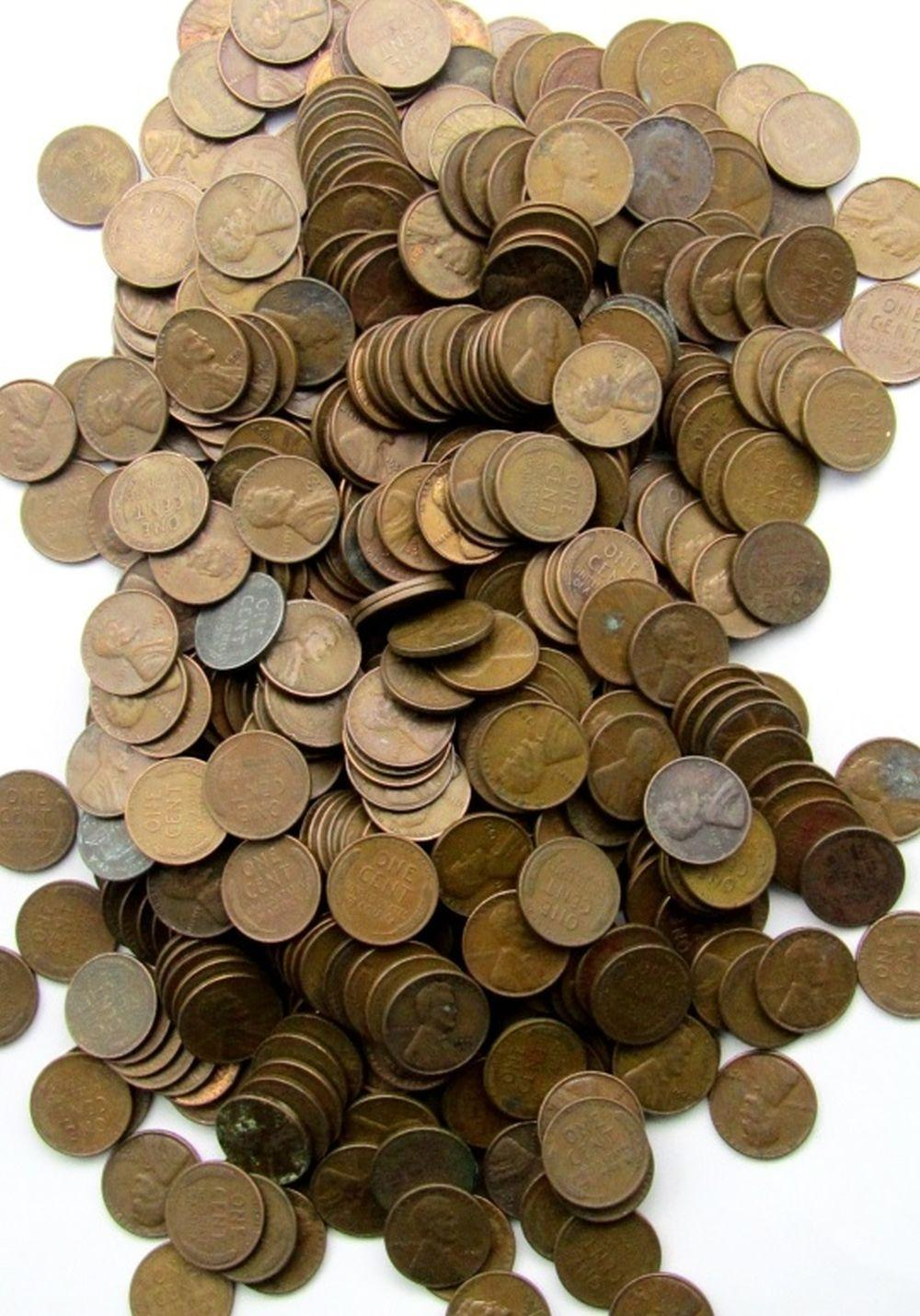 Lot 221: 1000 MIXED LOT OF WHEAT PENNIES