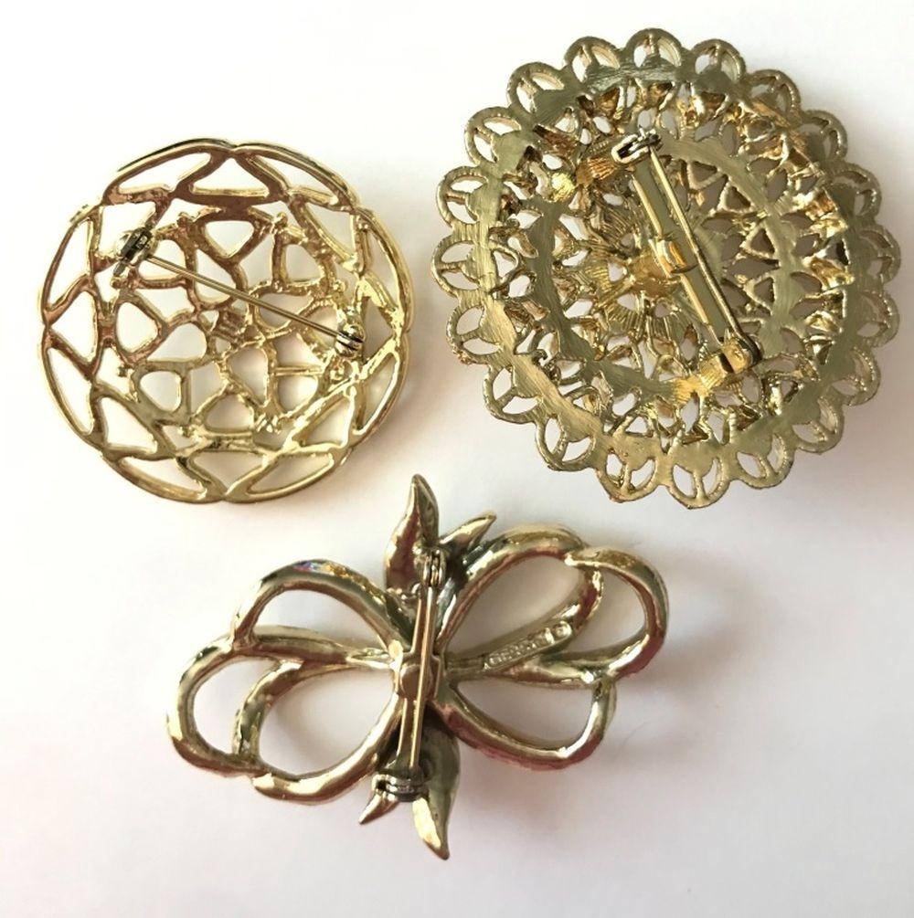 3 BROOCHES- FAUX PEARLS, 1 GERRY'S