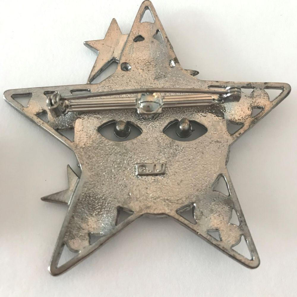 2 STAR BROOCHES (1-JJ) SILVER TONE RHINESTONES