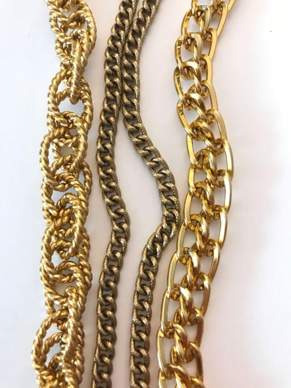 3 THICK GOLD TONE CHAIN/ NECKLACES