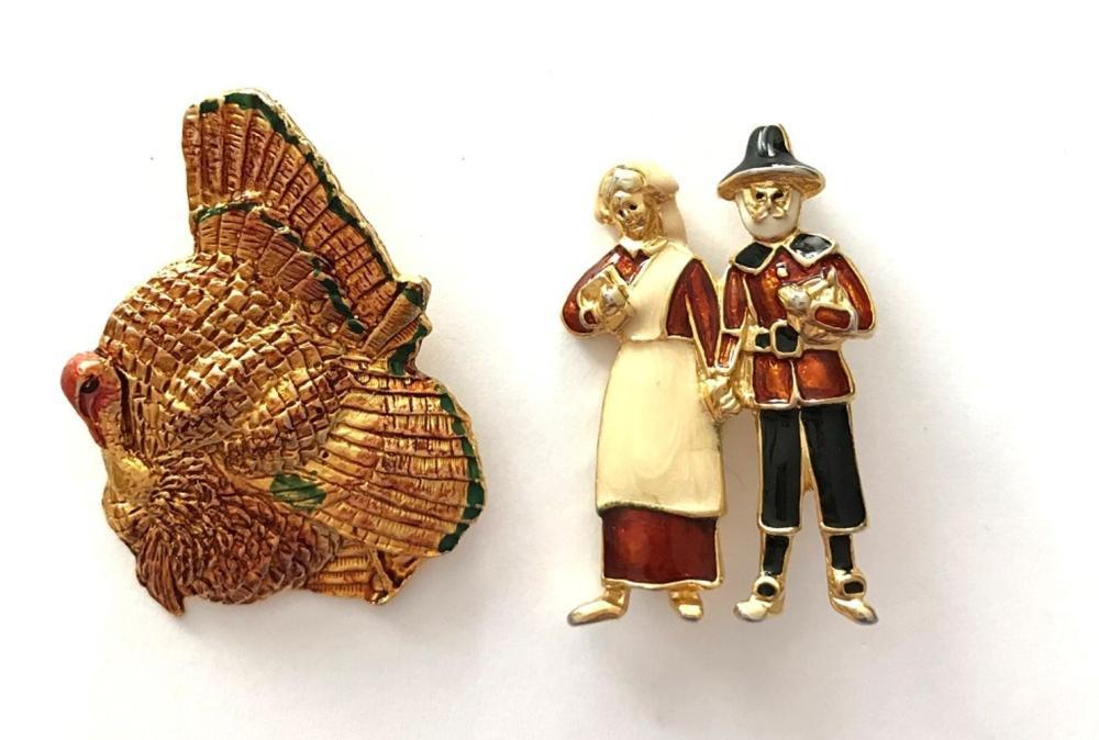 2 BROOCHES 1 TURKEY, 1 PILGRAM