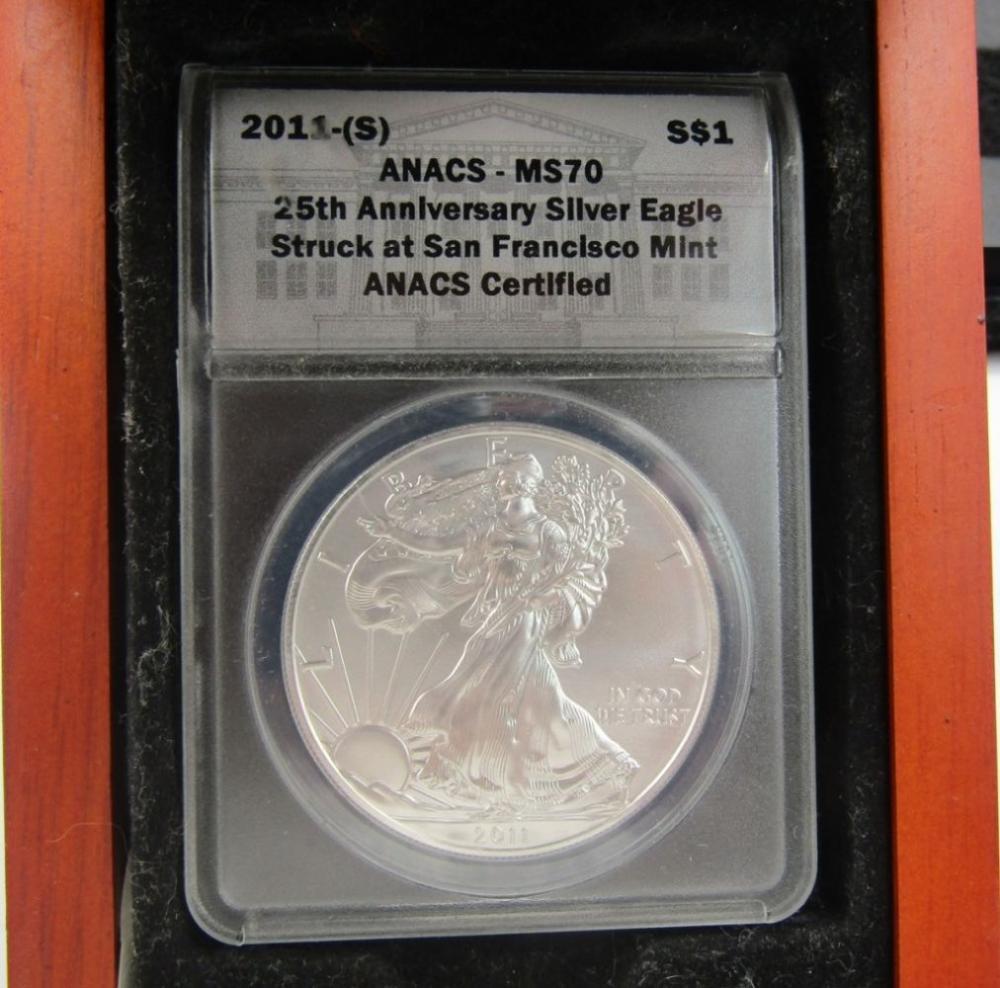 2011-(S) AM SILVER EAGLE ANACS MS70