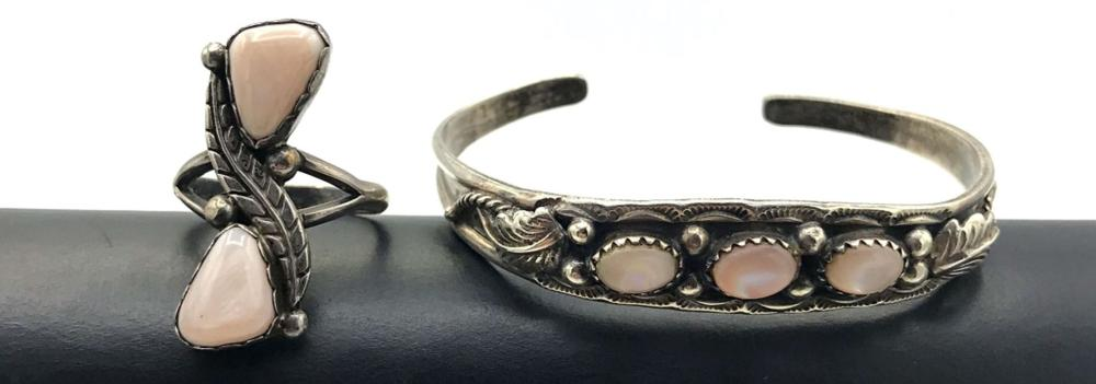 1 BANGLE + 1 RING W PINK MOTHER OF PEARL