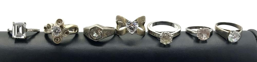 7 STERLING RINGS W SOLITARE STONES