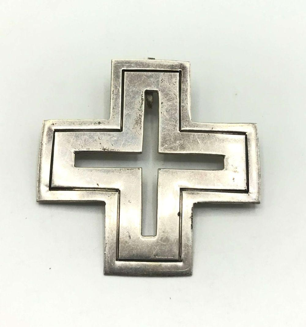 """""""D"""" STAMPED STERLING CROSS PENDANT"""