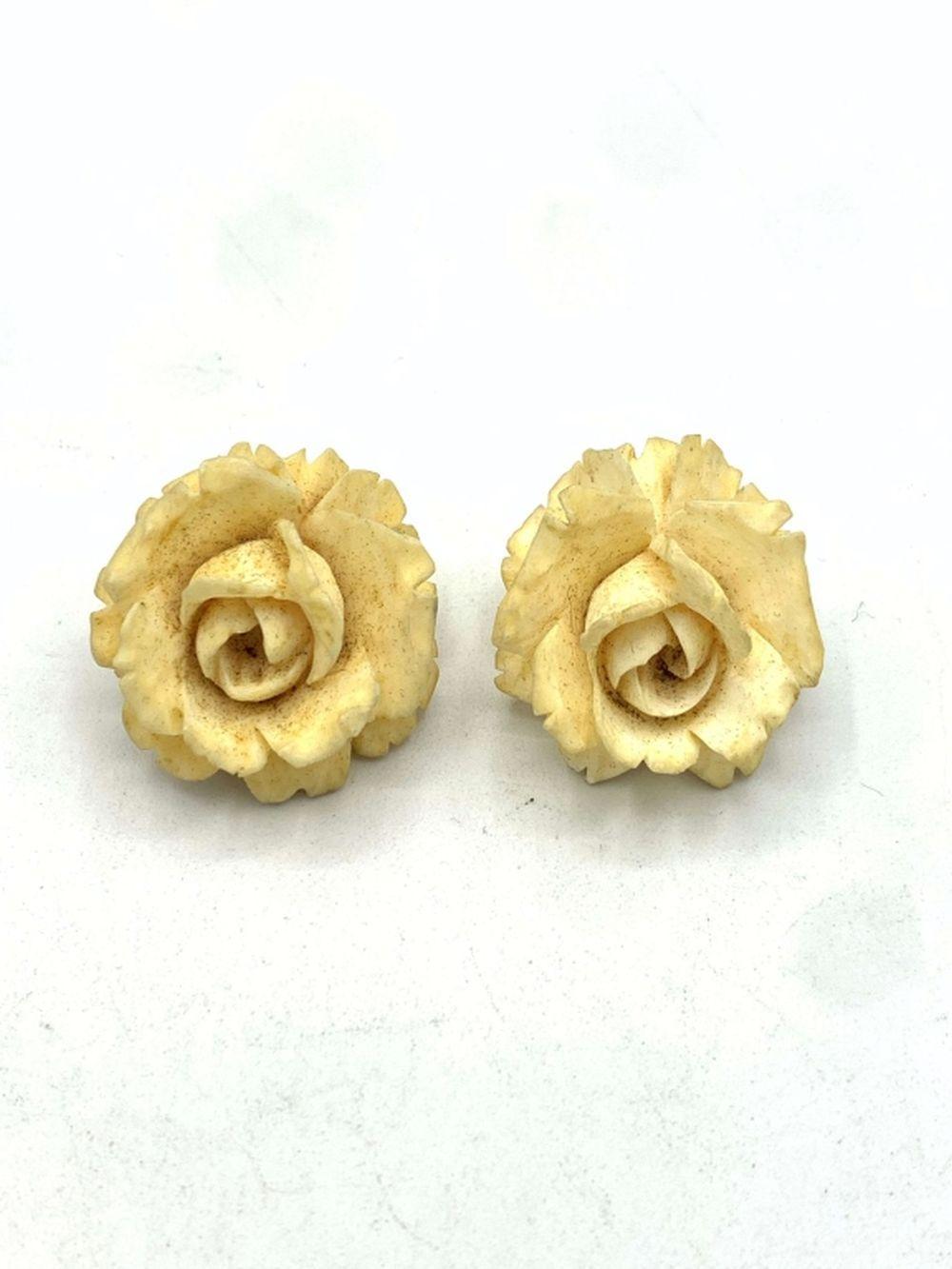 BONE OR IVORY FLOWER CLIP ON EARRINGS
