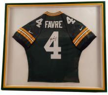 Brett Favre Green Bay Packers Signed Jersey Framed