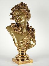 CARRIER-BELLEUSE. 'Le réveil'. Sculpture en bronze patiné. Signé. H. 60 cm