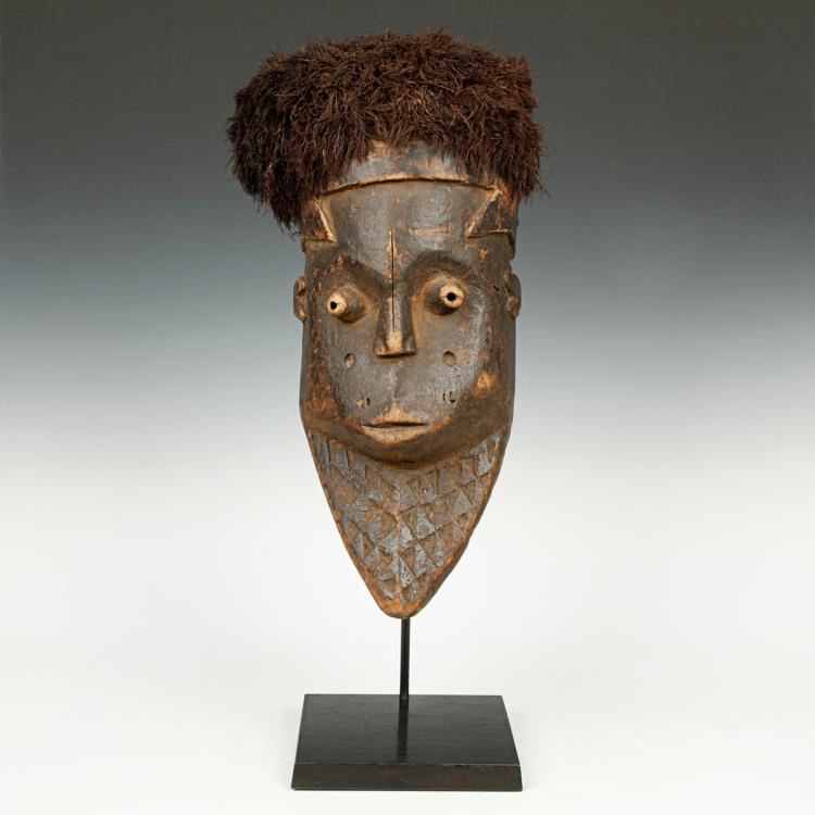 Giwoyo Initiation Mask, Based